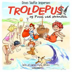 Troldepus og Pussi ved stranden