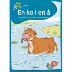 En ko i en å