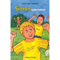 Simon spiller fodbold