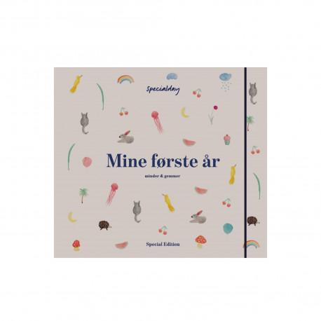 Mine første år - album special edition beige/ unisex: minder & gemmer