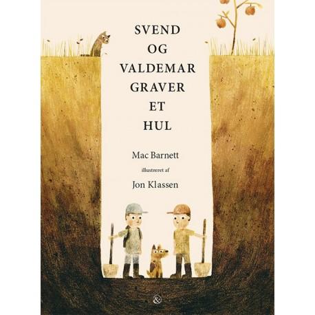Svend og Valdemar graver et hul