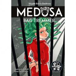 Medusa 5: Bag tremmer