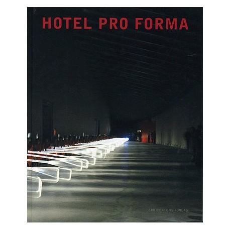 Hotel Pro Forma: den dobbelte iscenesættelse - rum og performance