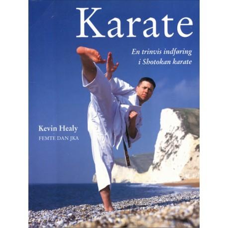 Karate: En trinvis indføring i Shotokan karate